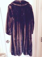 BARGAIN PRICE! Beautiful brown mink coat