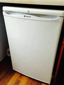 Hotpoint white fridge