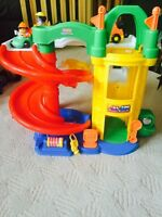 EUC Fisher Price Little People Parking Garage