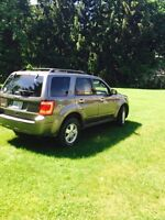 2011 Ford Escape xlt great suv!