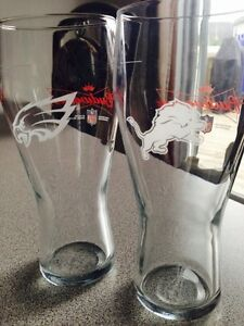 NFL collectable Budweiser glasses Gatineau Ottawa / Gatineau Area image 1