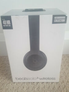 NEW SEALED ORIGINAL BEATS SOLO 3 HEADPHONE ASPHALT GRAY