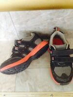 Size 9 toddler boy shoes