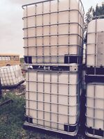 1000 lt water totes new shipment just in