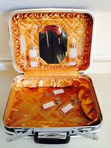 Vintage Jetliner Small/Light Travel Vanity Suitcase