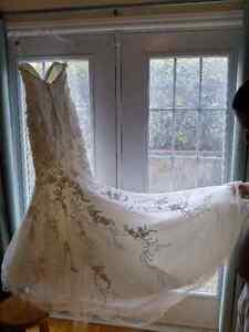 Robe de mariee de Mori Lee dentelle et cristaux sirene