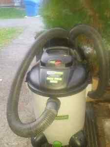 Hausmann Quiet High Performance Wet/Dry Vac. 8 Gal. 4 HP.
