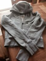 Lululemon size 6 sweater in good condition