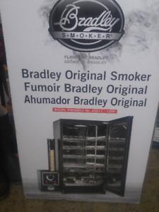 Bradley Original Smoker