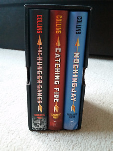 Hunger Games Trilogy Hardcover Box Set (Brand New)