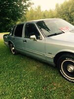 1991 Lincoln Town Car Other