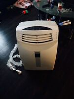 Portable AC 1year old