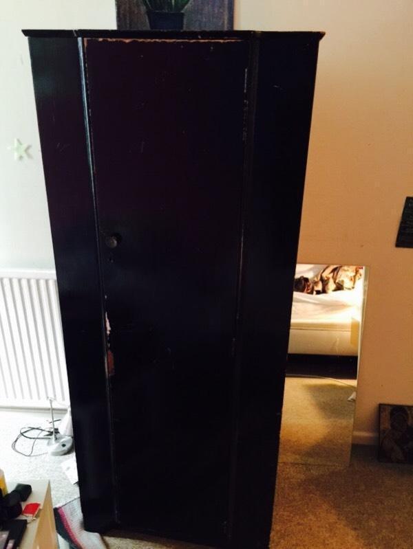 Black wood wardrobe in redland bristol gumtree for Affordable furniture 6496 redland