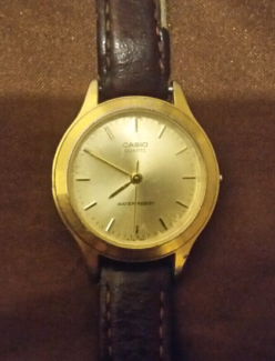 Casio quartz watch 1330 LTP-1128