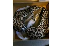 Leopard print wedged womens shoes size 5