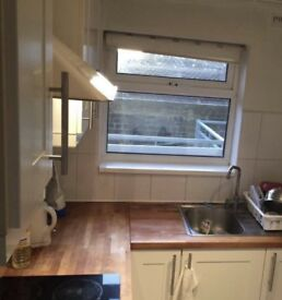 Small single bed room near Golders green