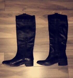 NEW - Kenneth Cole Boots!! size 6