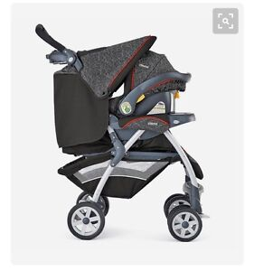 7 month old Chicco Travel System