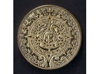 2012 *** GOLD PLATED COIN / ROUND *** MAYAN AZTEC CALENDAR ** IN A CAPSULE ** MINT