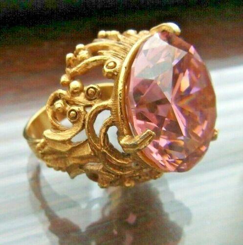 Vintage FLORENZA Gold Tone & PINK CZ Rhinestone Ornate Ring Adjustable Size