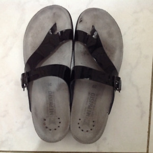 48ee837d960 Mephisto Sandals | Buy or Sell Women's Shoes in Ontario | Kijiji ...