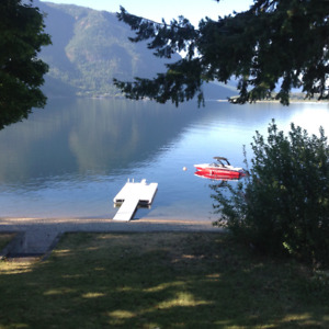 HUGE DISCOUNT on cancellation -Shuswap Waterfront July 22-29