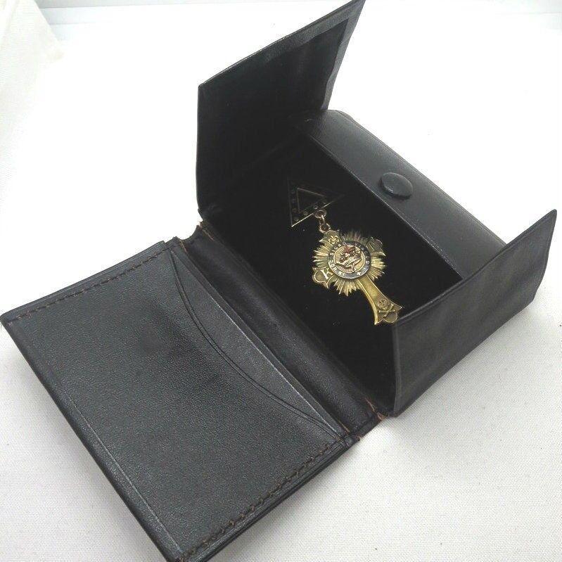 Vintage 14k Solid Gold Enameled Knights Templar Masonic Medal in Original Pouch