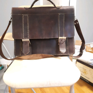Messenger / laptop leather bag