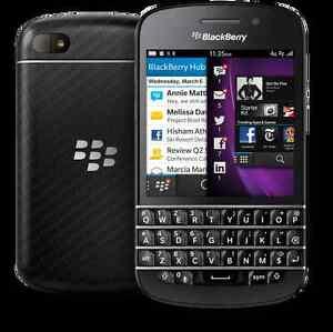 Unlocked blackberry q10 in good condition