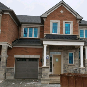 Beautiful brand new Oakville Townhome for rent!