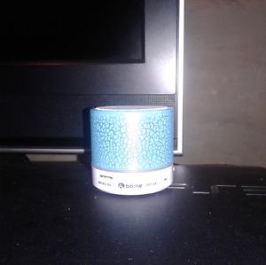 Born bluetooth speaker