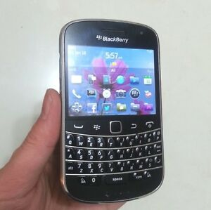BLACKBERRY 9900 UNLOCKED (EXCELLENT) + ON SALE !!! ($70)