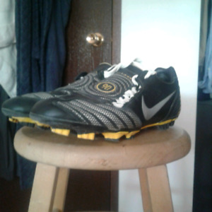 NIKE total 90 shoot II fg soccer cleats