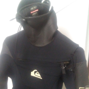 Quicksilver Cell 5/4 wetsuit