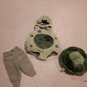 Turtle costume size 0-6 months