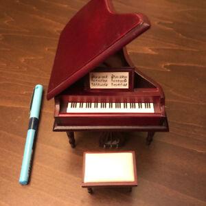 Dollhouse Grand Piano