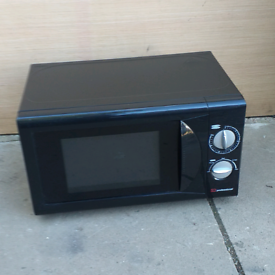 MICROWAVE: DELTA, 800W * delivery available *