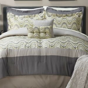 McLeland Design Hampstead 8pc Comforter Set - King, New