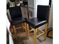 Bar chairs / stools