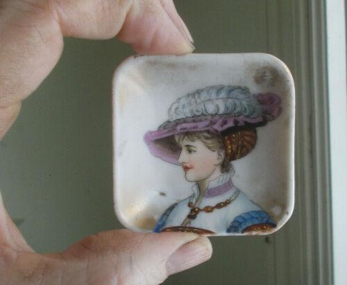 1890s ANTIQUE PORCELAIN BUTTER PAT BEAUTIFUL VICTORIAN WOMAN WITH HAT
