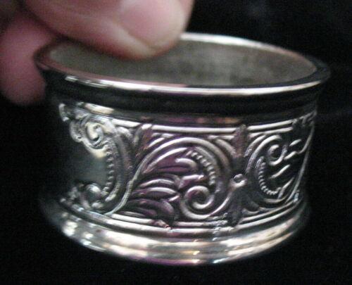 12 Silverplate Napkin Rings New in Original Box Embossed Scroll Design