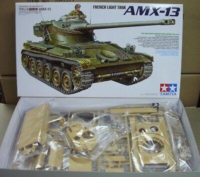 35349 FRENCH LIGHT TANK AMX-13  Tamiya 1:35 model kit