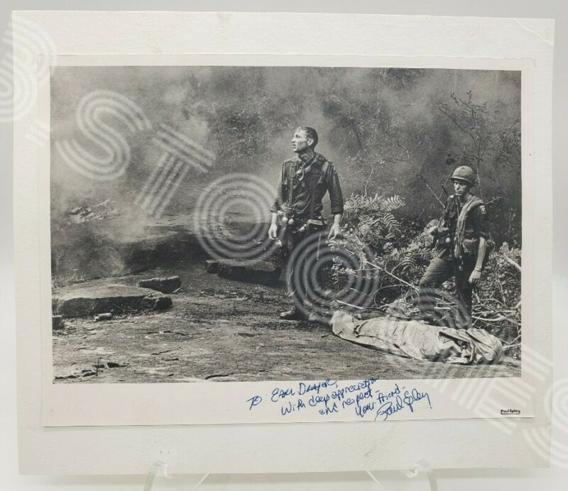 """SIGNED """"AGONY OF WAR"""" SOLDIERS AT LONG KHANH PROVINCE VIETNAM WAR 8x10  PRINT"""