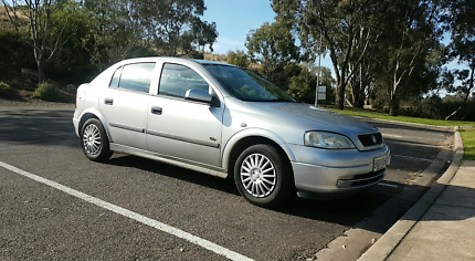 For sale holden astra my04 only 62000km on clock cars vans holden astra fandeluxe Image collections