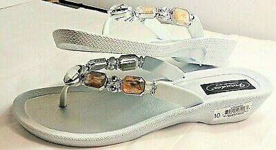 Women's GRANDCO SANDALS White Silver Bling GEMSTONES BEADS DRESSY Flip Flops NEW - Dressy Flip Flops