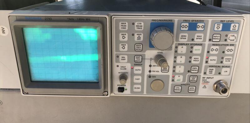 Tektronix 2710 Spectrum Analyzer