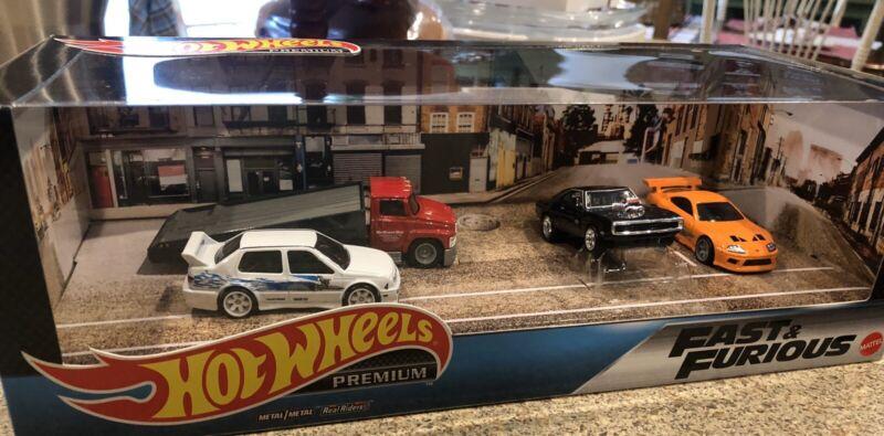 HotWheels Fast & Furious Premium Garage Diorama Box Set Charger Supra New