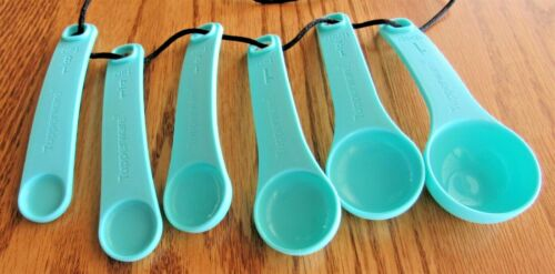 TUPPERWARE Measuring Spoons Set of 6 Aqua Blue