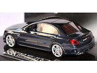 1:43 Mercedes-Benz Brabus 600 AMG C63 Minichamps Weiss
