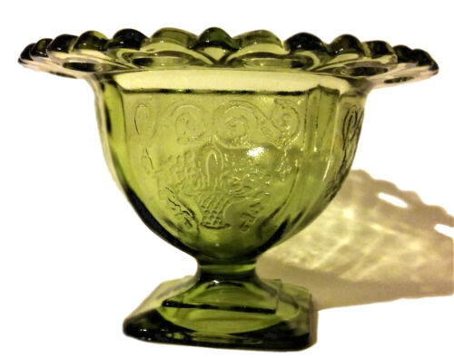 Antique Vintage Green Glass Dessert Ice Cream Dish Compote Bowl Gift Fowers